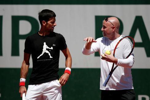 Djokovic e Agassi 3