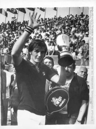 Adriano Panatta vince il RG 1976